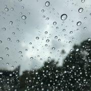 崩れた天気